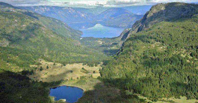 Magnífico Campo en Llanada Grande con Orilla Río