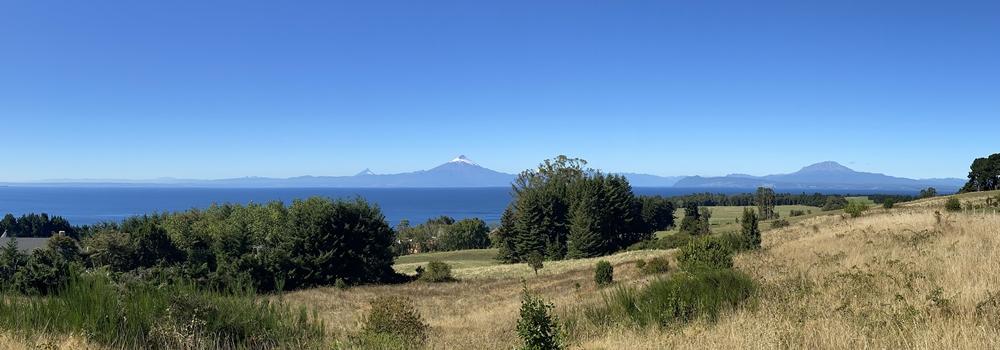 Parcela con vista única al lago y volcanes en Frutillar